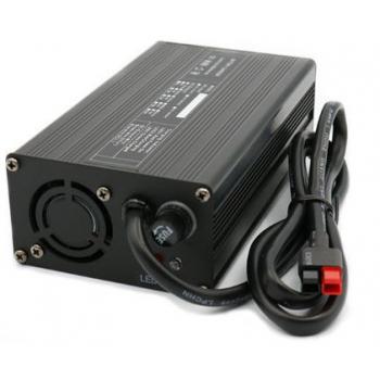 Lithium accu lader 12V 6A vol automatisch