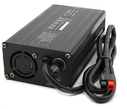 Lithium accu lader 24V 7A vol automatisch