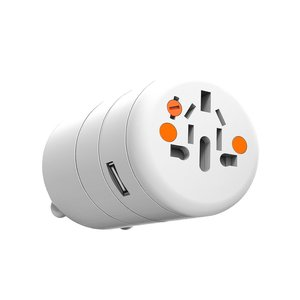 Xtorm One World Adapter